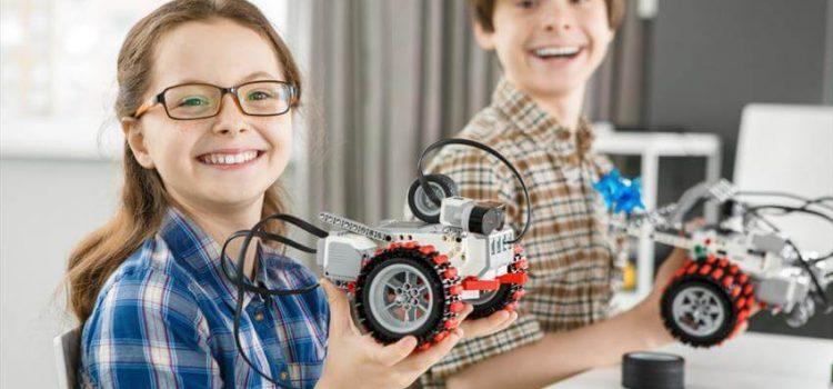 Você sabia que a robótica ajuda a melhorar a nota escolar do seu filho?